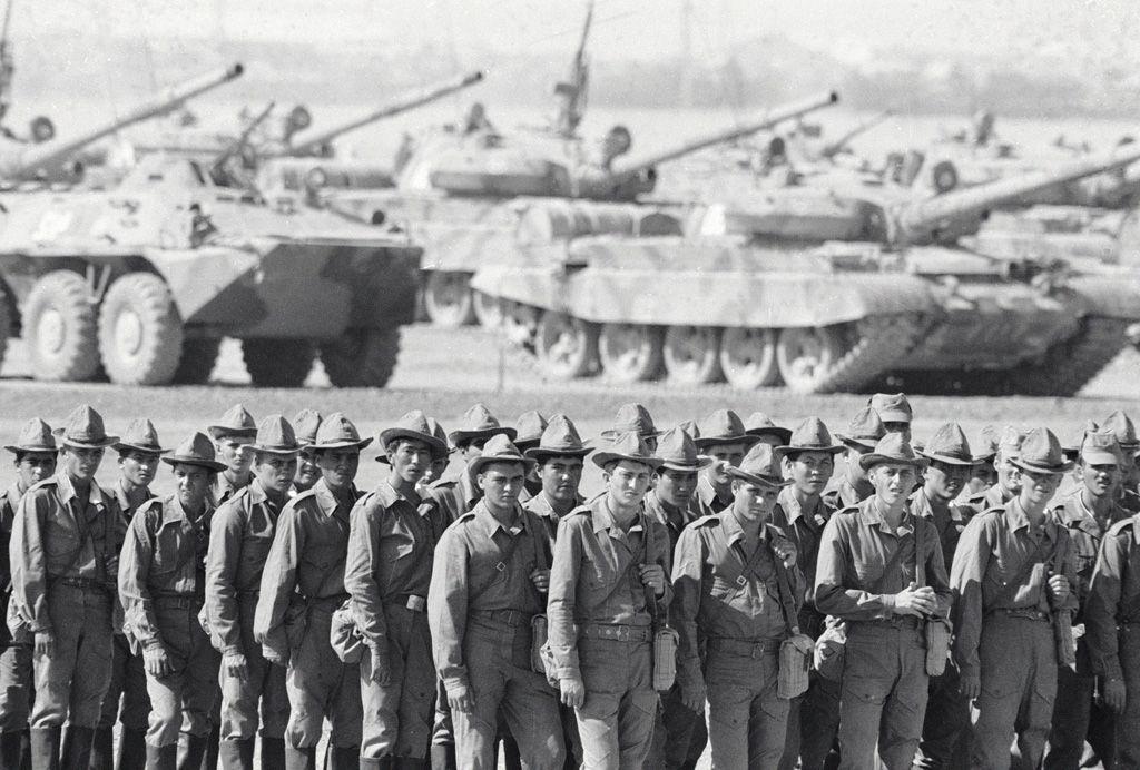 soldados soviéticos invasión soviética Afganistán URSS